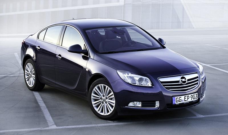 Foto Delantera Opel Insignia Sedan 2011