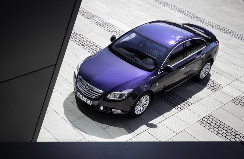 Foto Exteriores Opel Insignia Sedan 2011