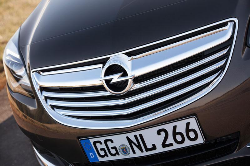 Foto Detalles Opel Insignia Sedan 2013