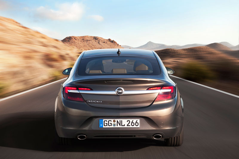 Foto Exteriores Opel Insignia Sedan 2013