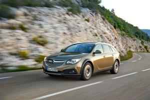 Foto Exteriores (2) Opel Insignia-country-tourer Suv Monovolumen 2013
