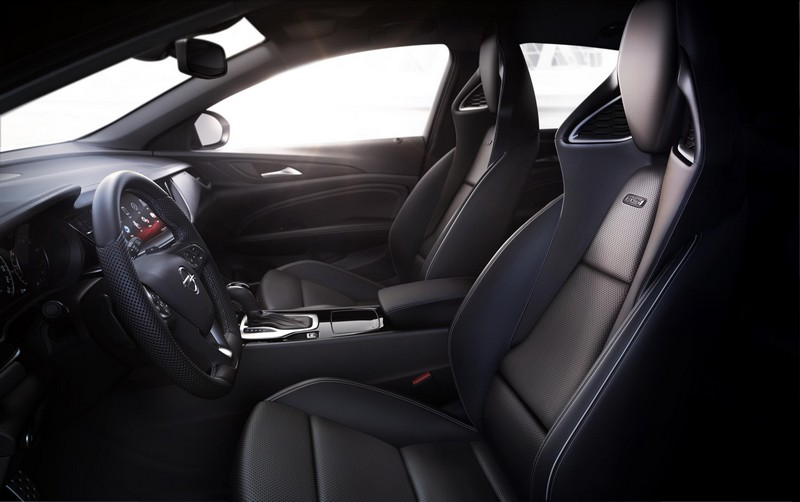 Foto Interiores Opel Insignia-gsi Dos Volumenes 2017