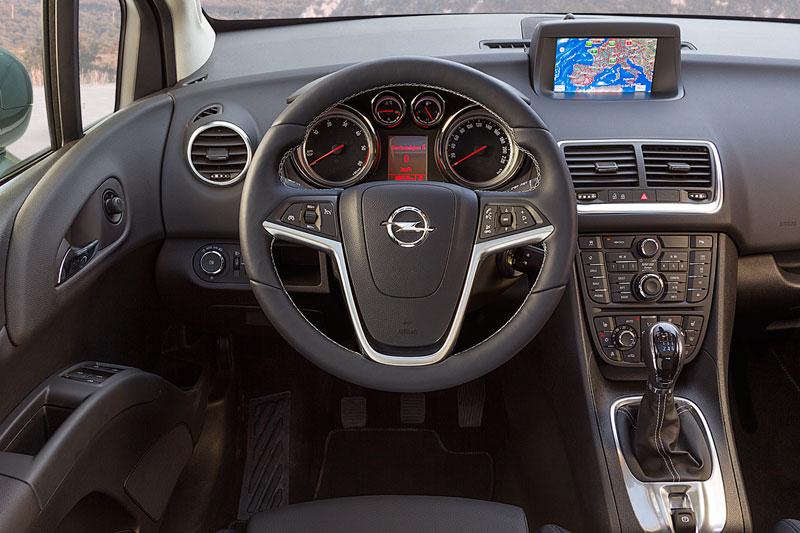 Foto Salpicadero Opel Meriva Monovolumen 2014