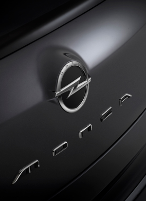 Foto Detalles (3) Opel Monza Cupe 2013
