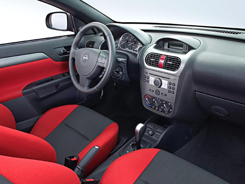 Foto Salpicadero Opel Tigra Descapotable 2009