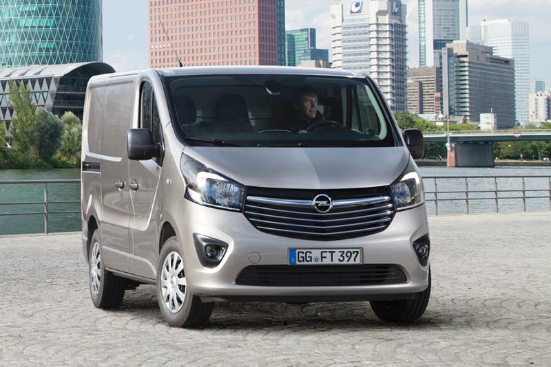 Foto Delantera Opel Vivaro Vehiculo Comercial 2014