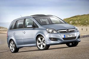 Opel Zafira vs Peugeot 3008