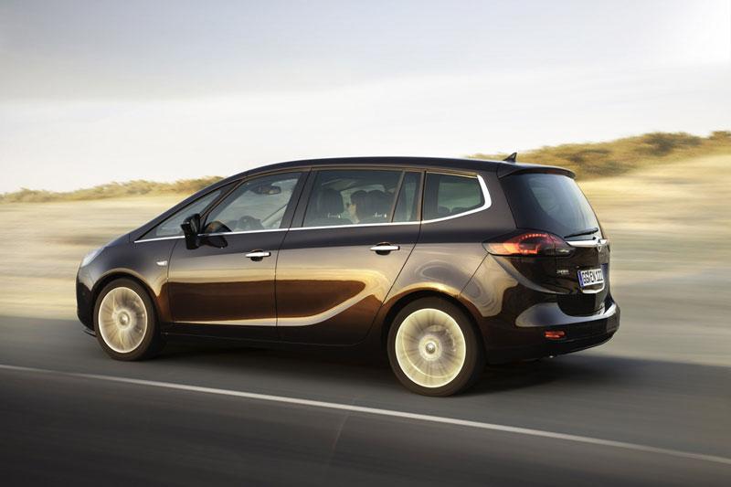 Foto Exteriores (10) Opel Zafira-tourer Monovolumen 2011