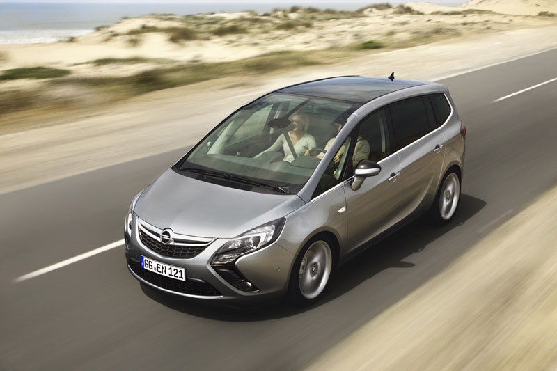Foto Exteriores (11) Opel Zafira-tourer Monovolumen 2011
