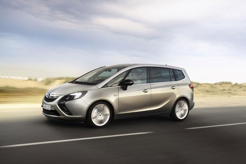 Foto Exteriores (12) Opel Zafira-tourer Monovolumen 2011