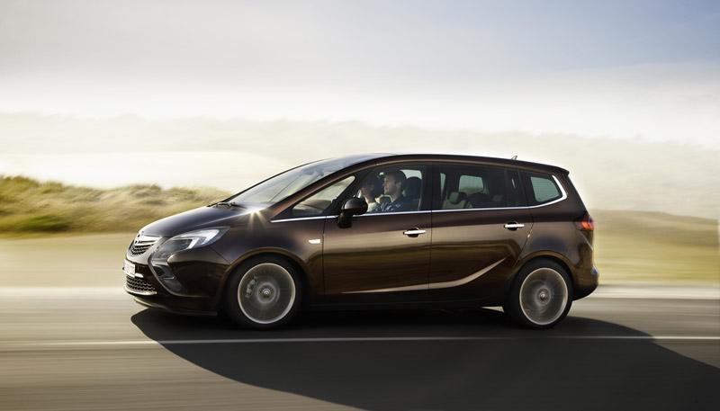 Foto Perfil Opel Zafira Tourer Monovolumen 2011