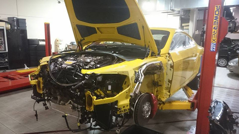 Bentley dañado en Top Gear