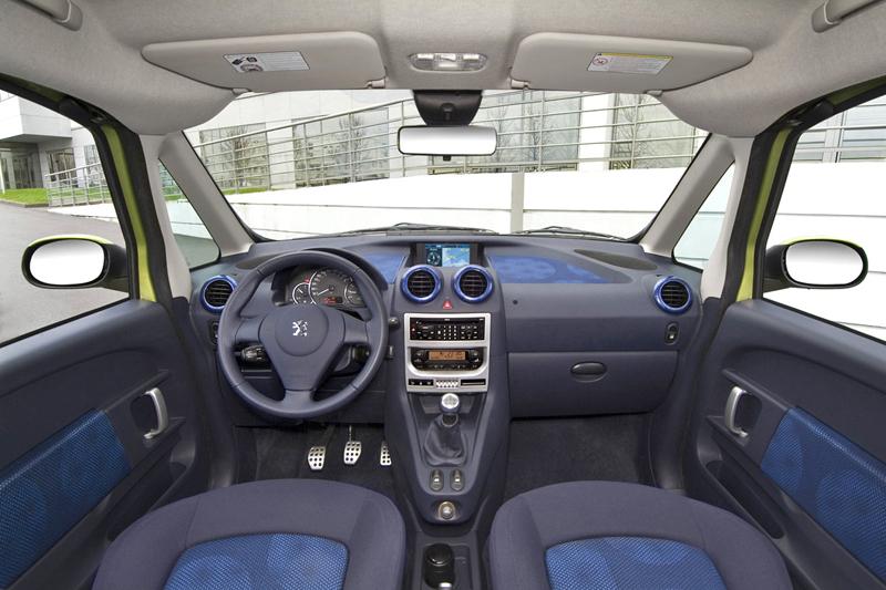 Foto Salpicadero Peugeot 1007 Monovolumen 2006