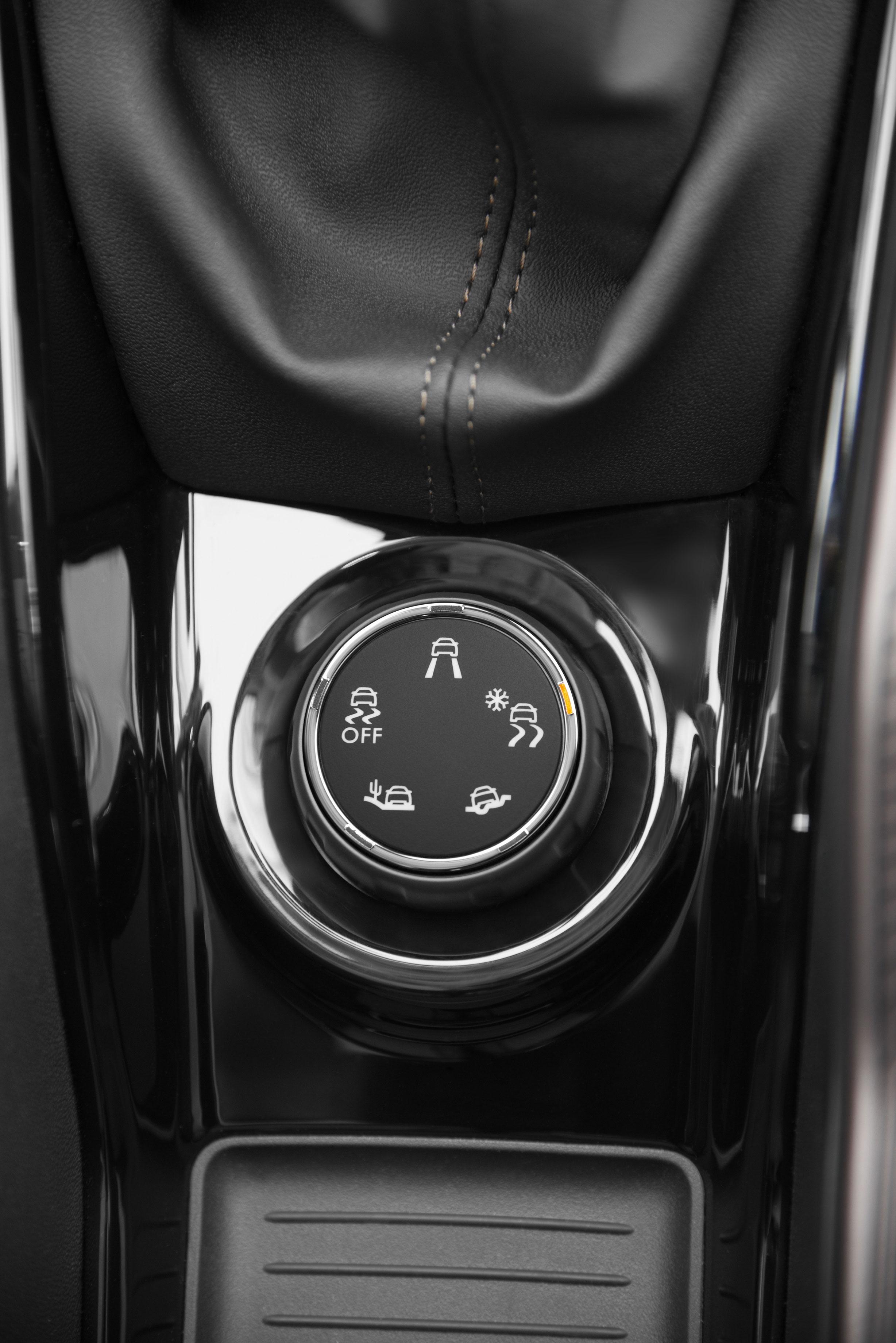 Foto Interiores Peugeot 2008 Suv Todocamino 2013