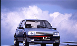 Foto Delantera Peugeot 205-gti Dos Volumenes 1984