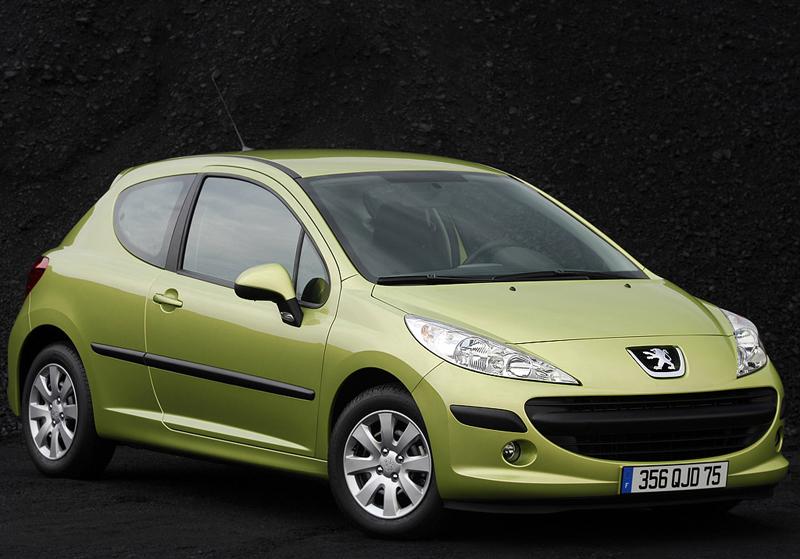 Foto Delantero Peugeot 207 Dos Volumenes 2006