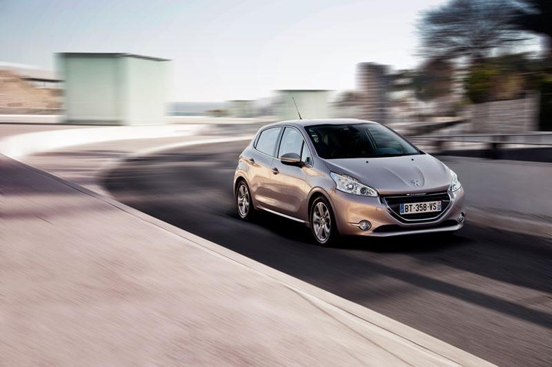 Foto Exteriores Peugeot 208 Dos Volumenes 2012