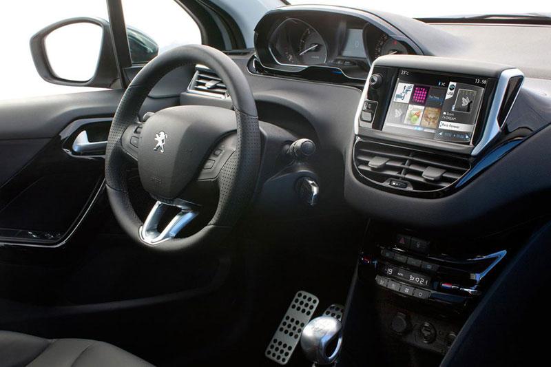 Peugeot 208, salpicadero