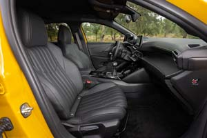 Foto Interiores (2) Peugeot 208 Dos Volumenes 2019