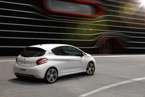 Foto Exteriores (4) Peugeot 208-gti Dos Volumenes 2012