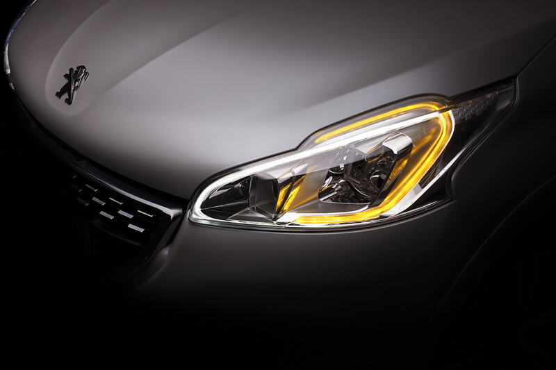 Foto Detalles Peugeot 208 Gti Dos Volumenes 2013