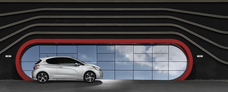 Foto Exteriores Peugeot 208 Gti Dos Volumenes 2013