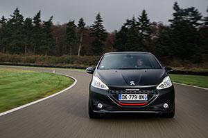 Foto Exteriores (14) Peugeot 208-gti-30th Dos Volumenes 2014
