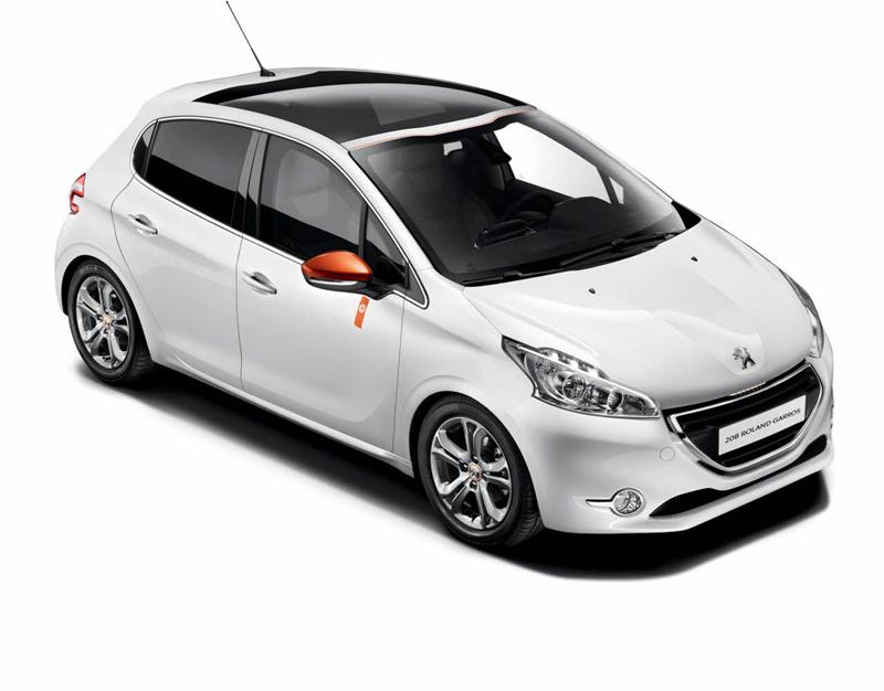 Foto Exteriores (1) Peugeot 208-roland-garros Dos Volumenes 2014