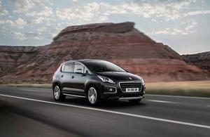 Foto Exteriores (2) Peugeot 3008 Monovolumen 2014