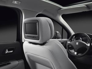Foto Interiores (11) Peugeot 3008 Monovolumen 2014