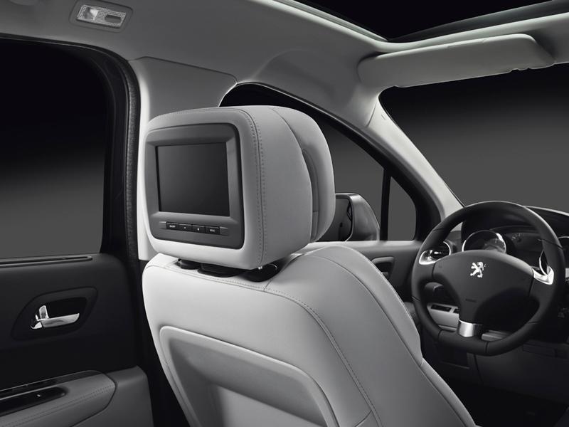 Foto Interiores Peugeot 3008 Monovolumen 2014