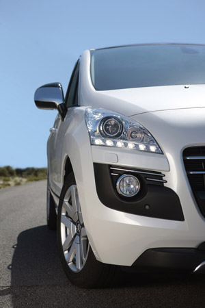 Foto Detalles (2) Peugeot 3008-hybrid4 Monovolumen 2011