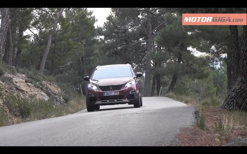 Foto Exteriores Peugeot 3008 Prueba Suv Todocamino 2017