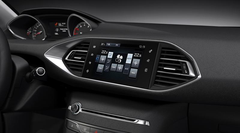 Foto Interiores Peugeot 308 Berlina 2013