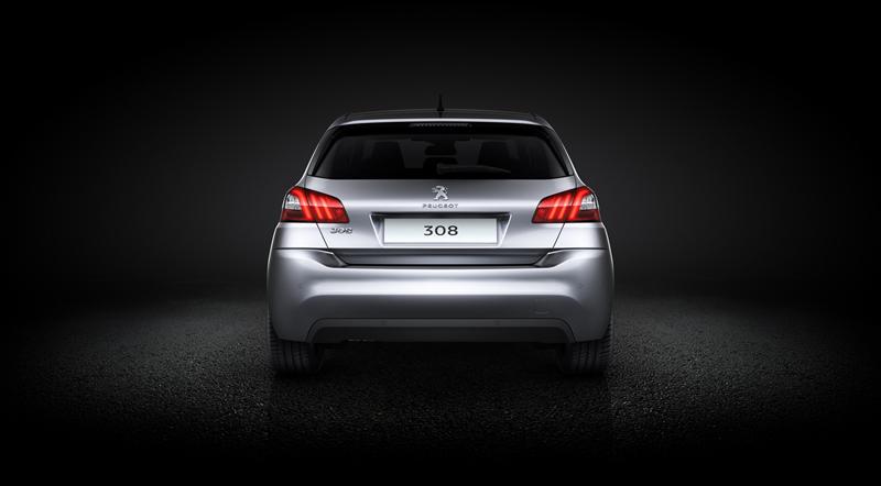 Foto Trasera Peugeot 308 Berlina 2013
