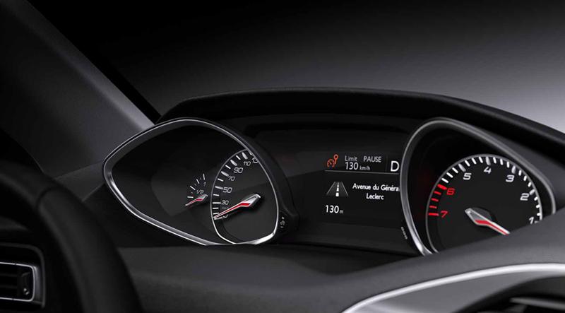 Foto Interiores Peugeot 308 Dos Volumenes 2013