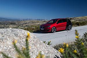 Foto Exteriores (56) Peugeot 308-gti Dos Volumenes 2015