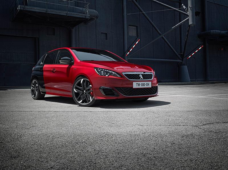Foto Delantera Peugeot 308 Gti Dos Volumenes 2015