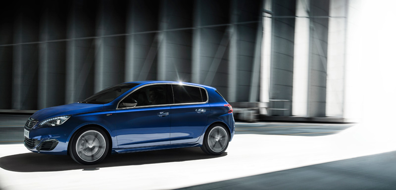 Foto Exteriores Peugeot 308 Gt Dos Volumenes 2014