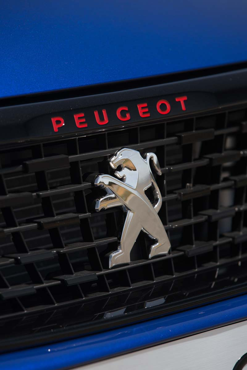 Foto Detalles Peugeot 308 Gti Dos Volumenes 2017