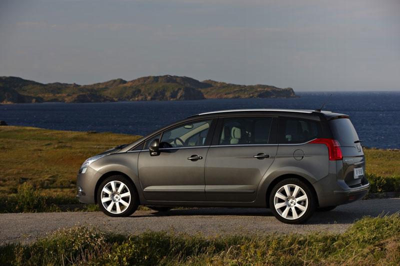 Foto Exteriores Peugeot 5008 Monovolumen 2010