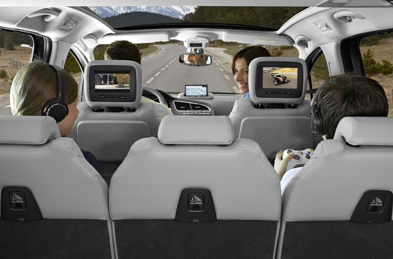 Foto Interiores Peugeot 5008 Monovolumen 2010