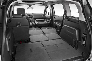 Foto Interiores (1) Peugeot 5008 Monovolumen 2013