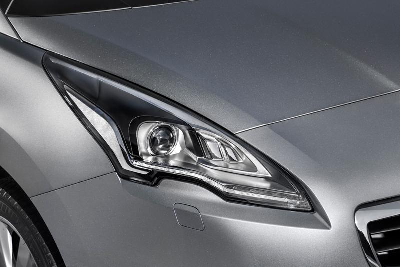 Foto Detalles Peugeot 5008 Monovolumen 2013