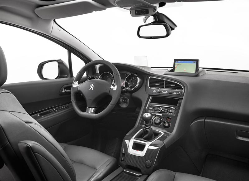 Peugeot 5008 en el Salón de Frankfurt 2013