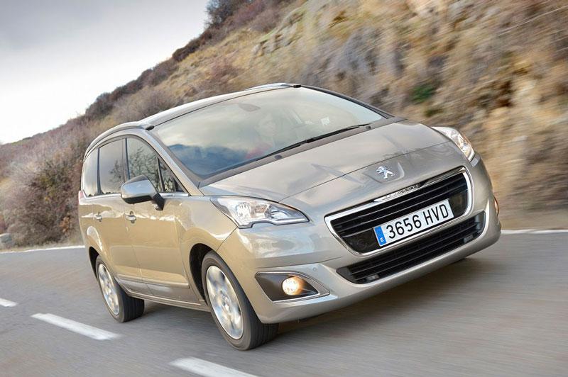 El Peugeot 5008 amplia la familia con el motor Puretech