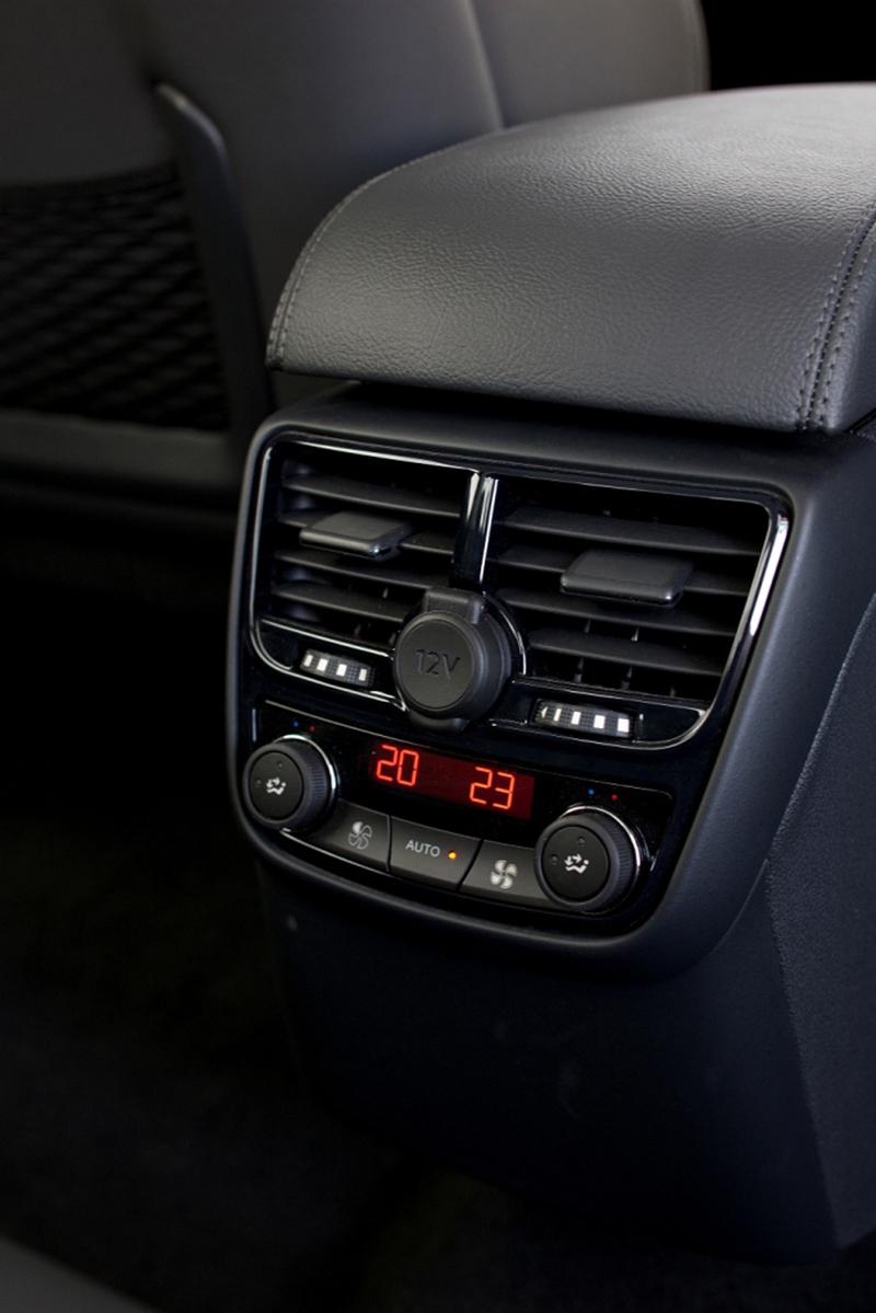 Foto Interiores Peugeot 508 Berlina 2010