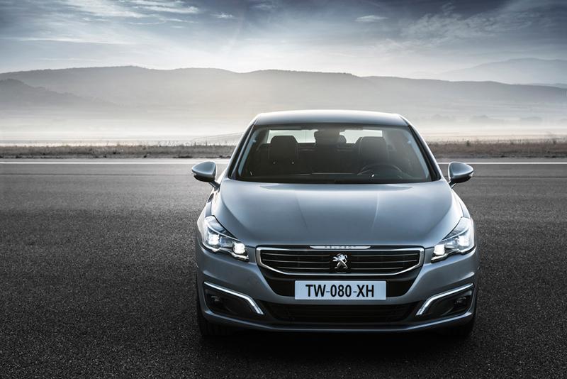 Foto Exteriores (22) Peugeot 508 Berlina 2014