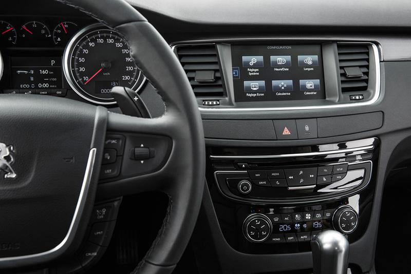 Foto Interiores (3) Peugeot 508 Berlina 2014