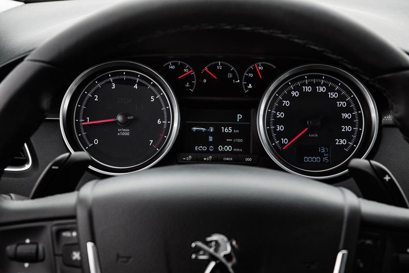 Foto Interiores (6) Peugeot 508 Berlina 2014